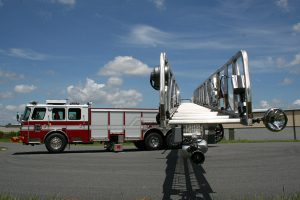 CR-137-E-ONE-ladder-out