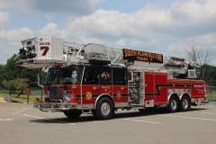South Plainfield T7. 17 E-One Cyclone 2000-300-100Ft